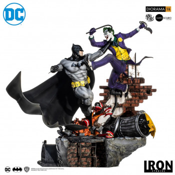 Batman vs Joker Battle Diorama 1/6 - DC Comics by Ivan Reis